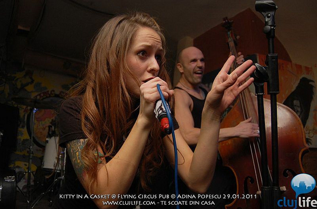 Poze: Kitty In A Casket @ Flying Circus Pub