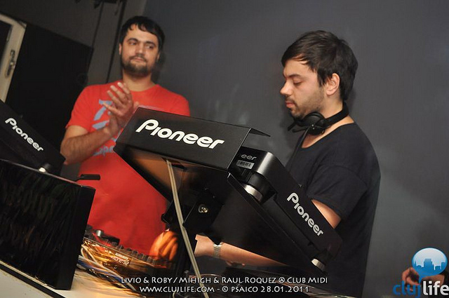 Poze: Livio & Roby / Mihigh & Raul Roquez @ Club Midi