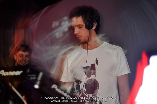 Poze: Rhadoo / Mihigh @ Club Midi