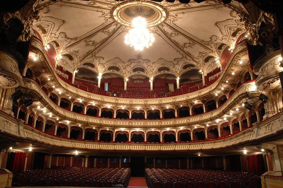 Teatrul Naţional Cluj pregăteşte deschiderea stagiunii 2012-2013