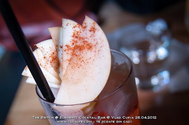 Poze: The Britch @ Elements Cocktail Bar