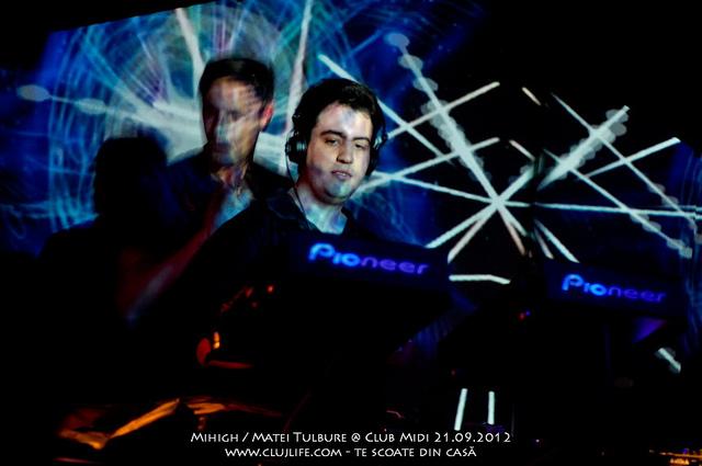 Poze: Mihigh / Matei Tulbure @ Club Midi