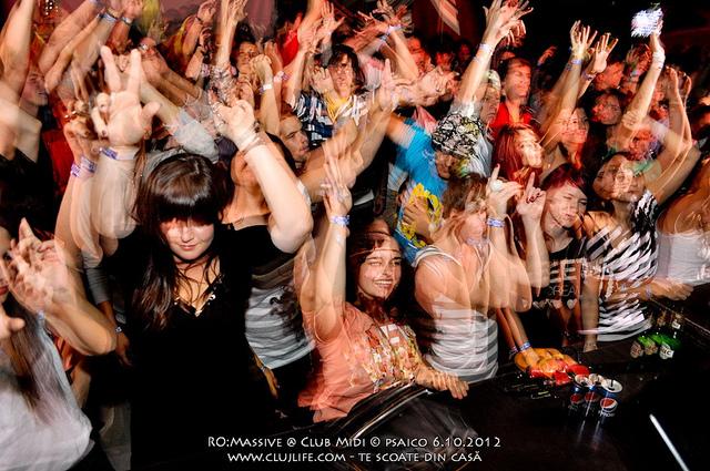 Poze: RO:Massive – Clash of the titans @ Club Midi