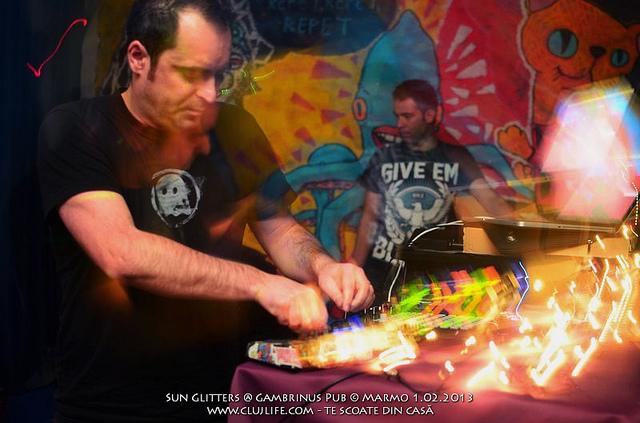 Poze: Sun Glitters @ Gambrinus Pub