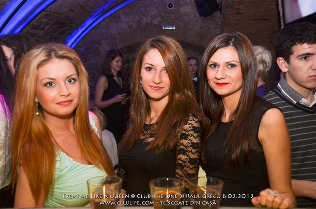 Poze: Treat me like a Queen @ Club The One
