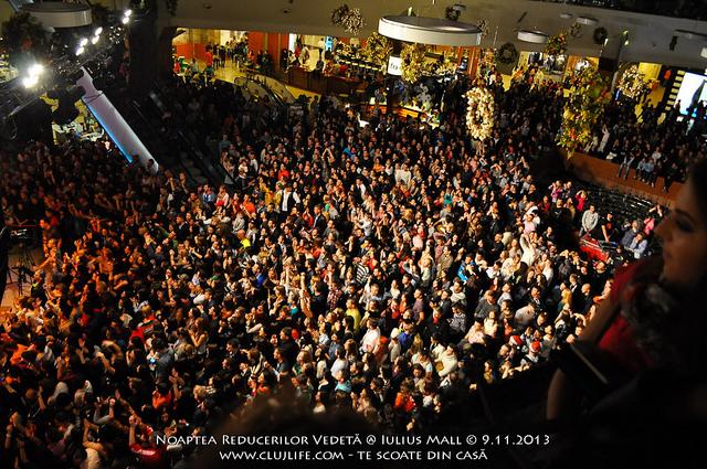 Poze: Noaptea Reducerilor Vedetă @ Iulius Mall
