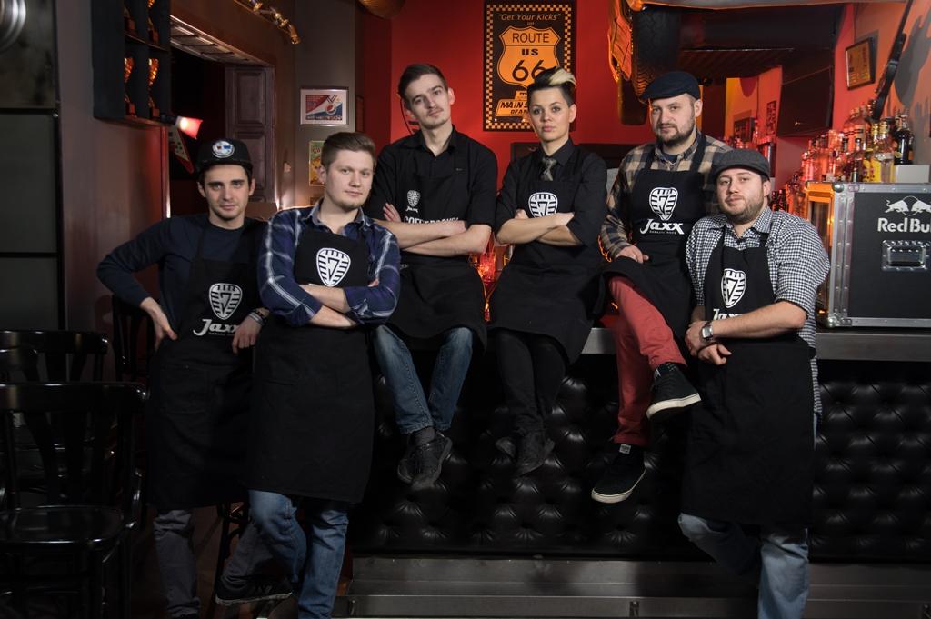 Echipa de barmani de la Jaxx, singura din România în finala De Kuyper Barfight