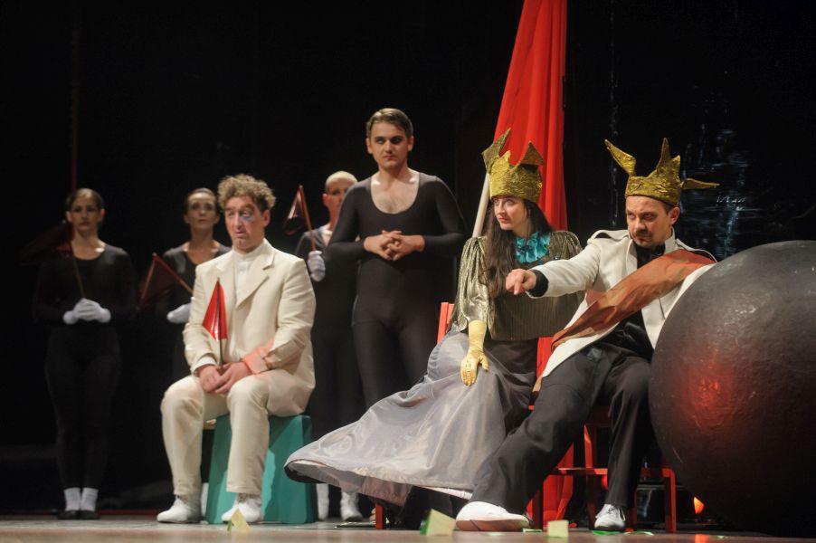 Spectacolul Umbra deschide stagiunea @ Teatrul Maghiar de Stat