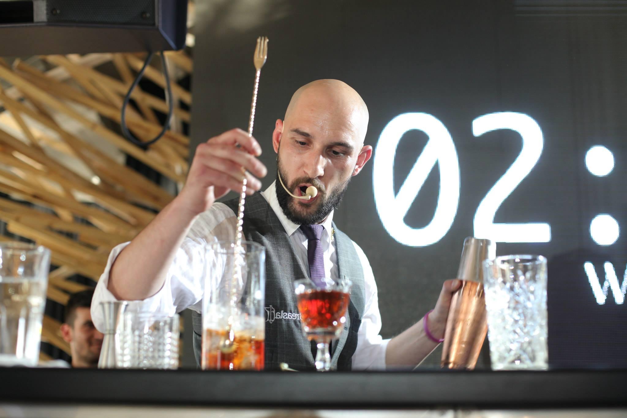 Interviu: Călin Ioaniciu, Head Bartender la Club NOA