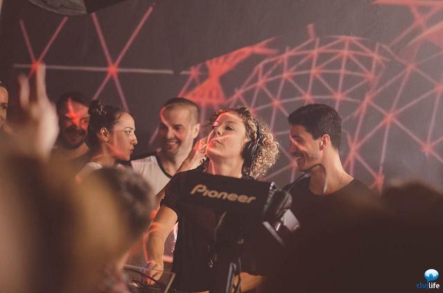 Poze: tINI / Bella Sarris / K!D Chriss @ Club Midi