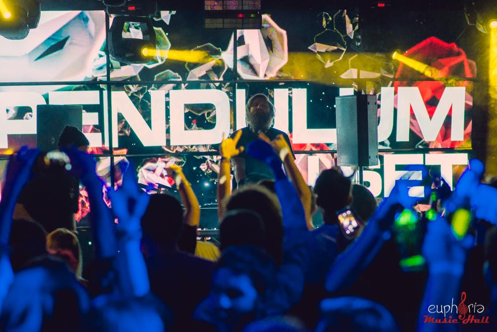 Poze: Pendulum (djset) & MC Verse @ Euphoria Music Hall