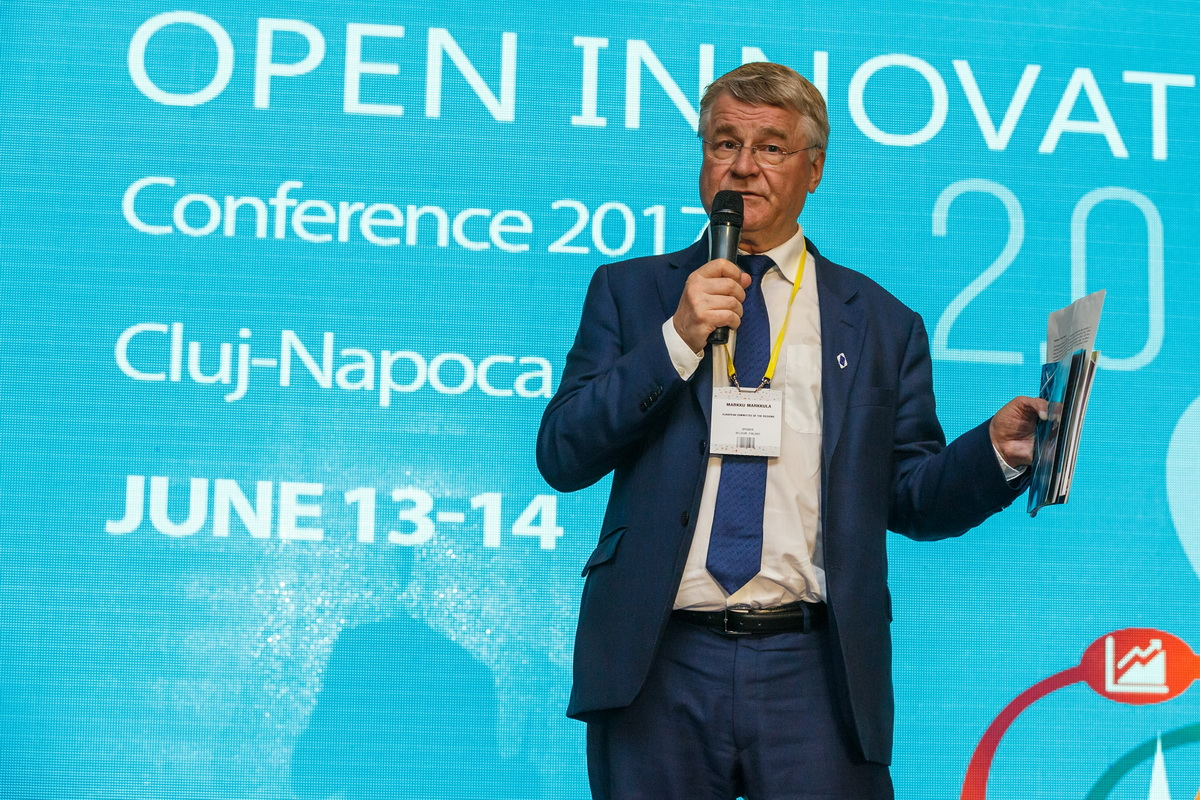 Record de participare la conferinta Open Innovation 2.0