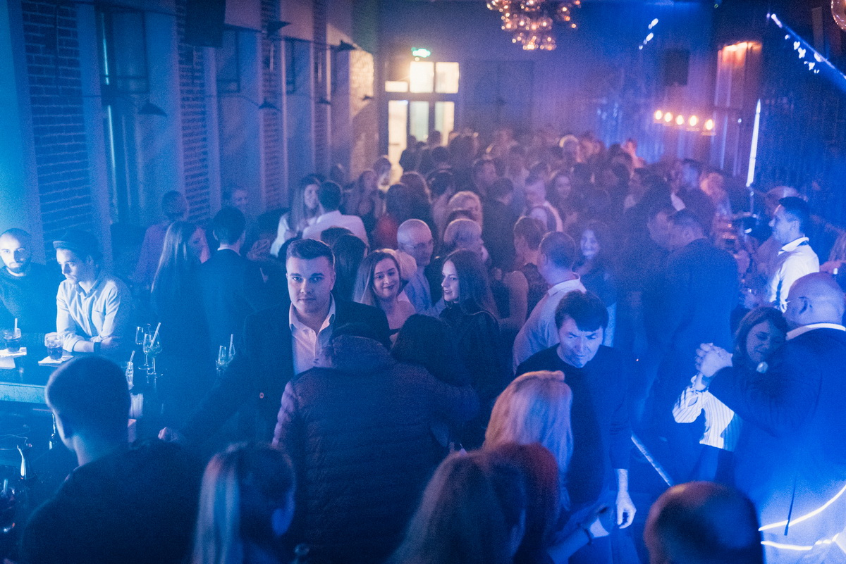 Poze: Retro Party with Sorin Lupascu