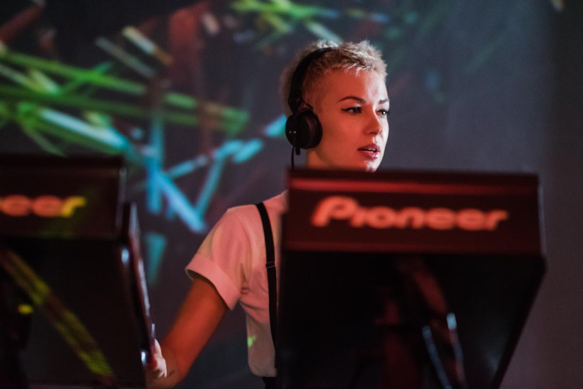 Poze: Nastia / Mihigh / Paul K @ Club Midi