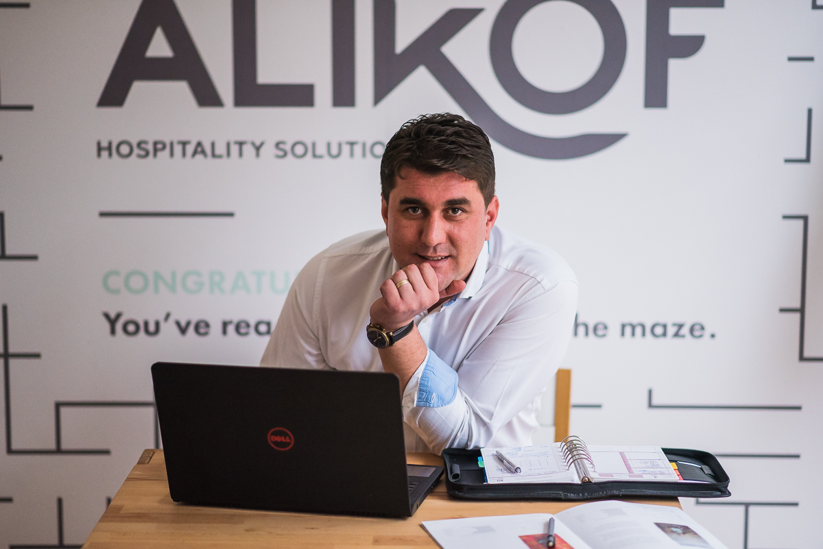 Interviu cu Alin Simon, fondatorul Alikof