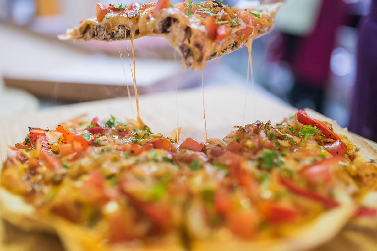 #HowItsMade: Pizza cu blat de tortilla de la Pokka