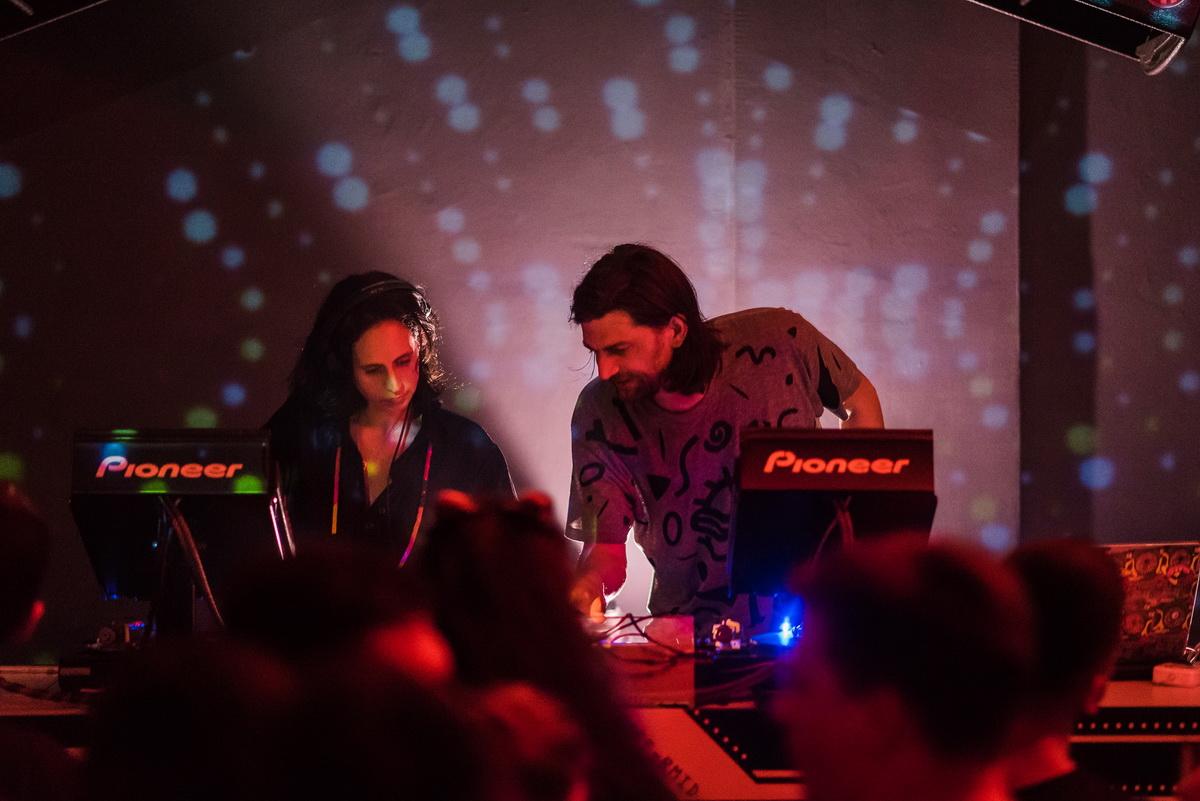 Poze: Masomenos / Rqz @ Club Midi