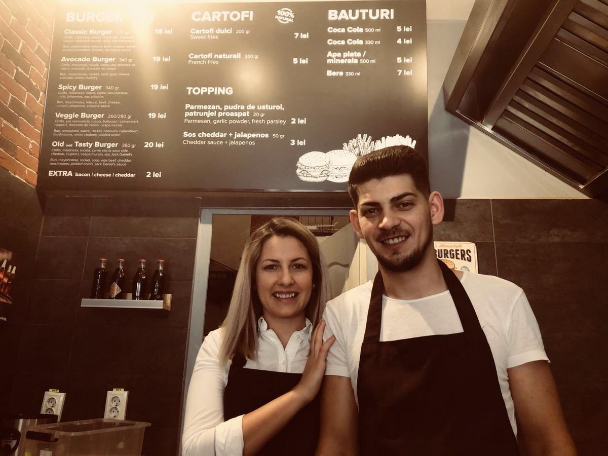 #AfaceriDeFamilie: Interviu cu Sorin și Tania – Old & Tasty Burger