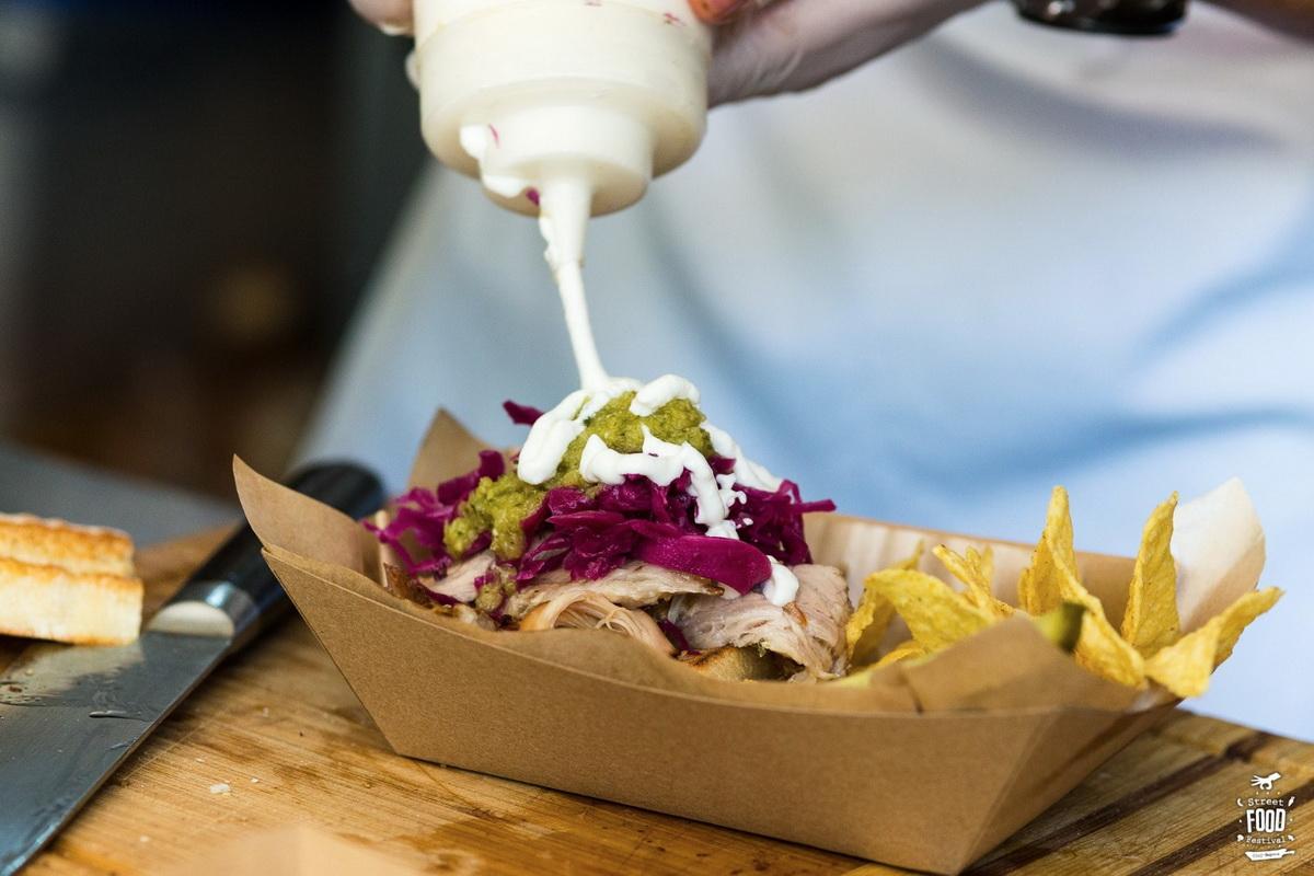 Explorează savoarea Street Food Festival pe Aleea Stadionului