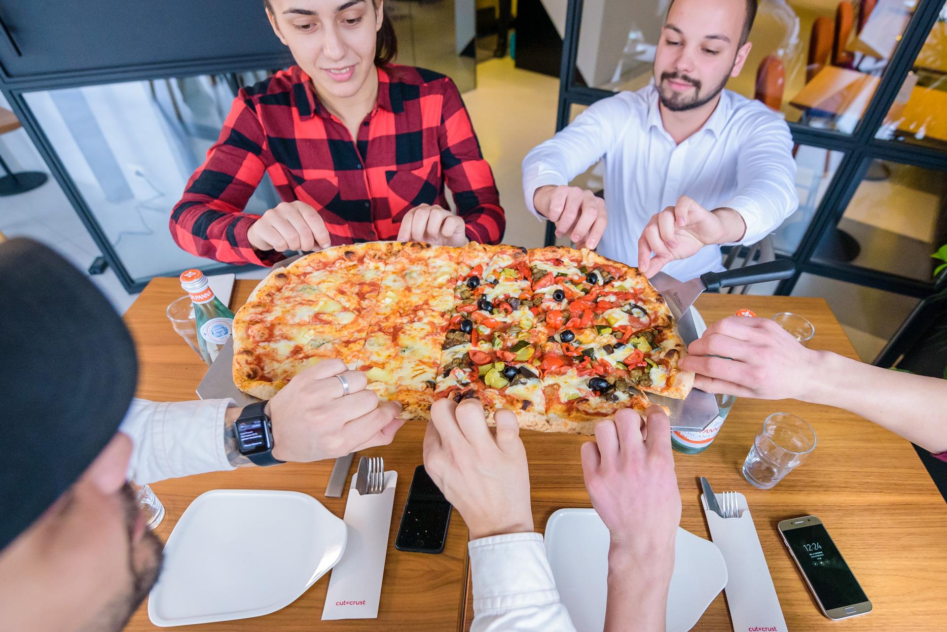 5 dintre cele mai scumpe pizza din Cluj și care este diferența dintre acestea și celelalte
