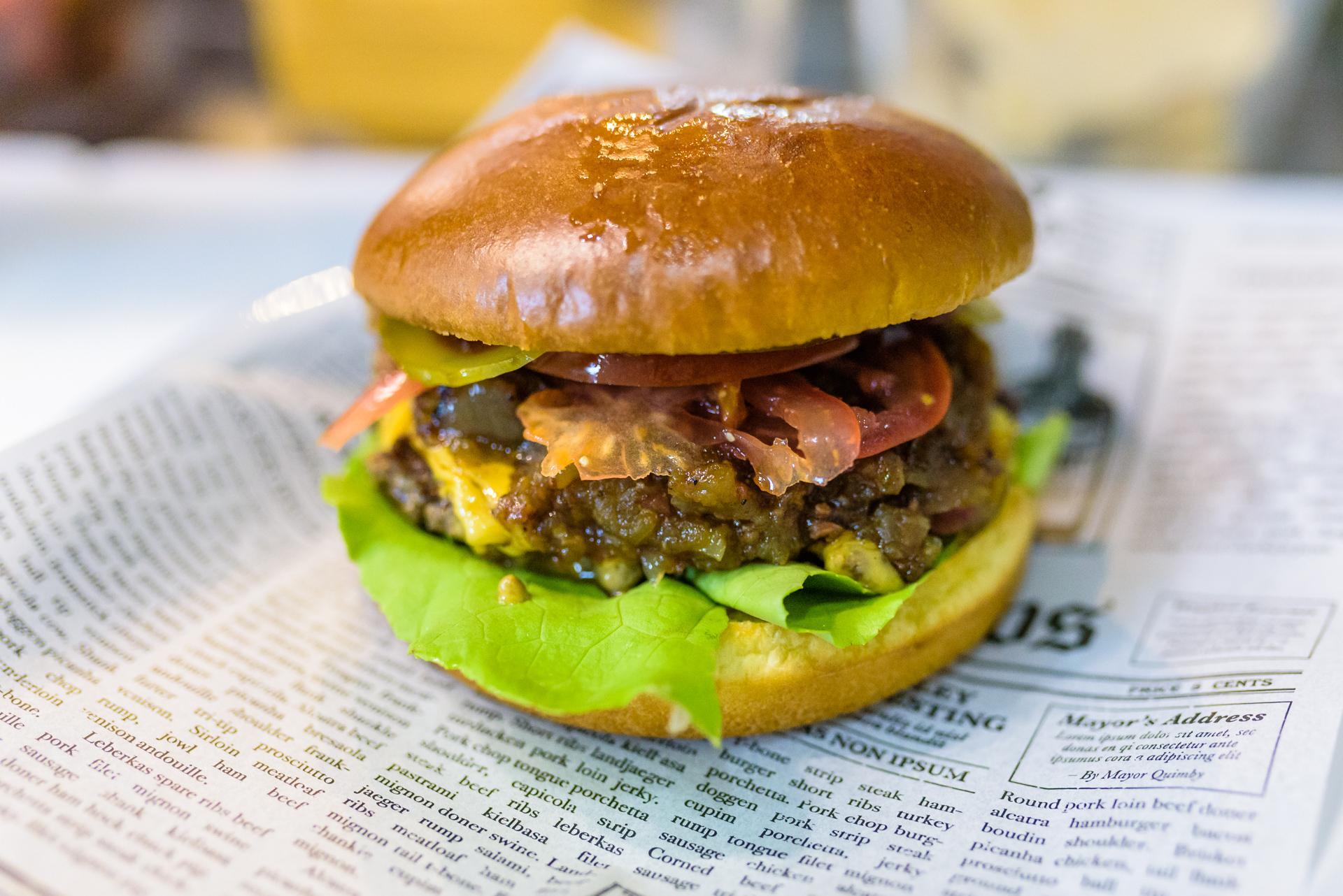 #HowItsMade: Burgerul Jam it UP de la MEAT UP