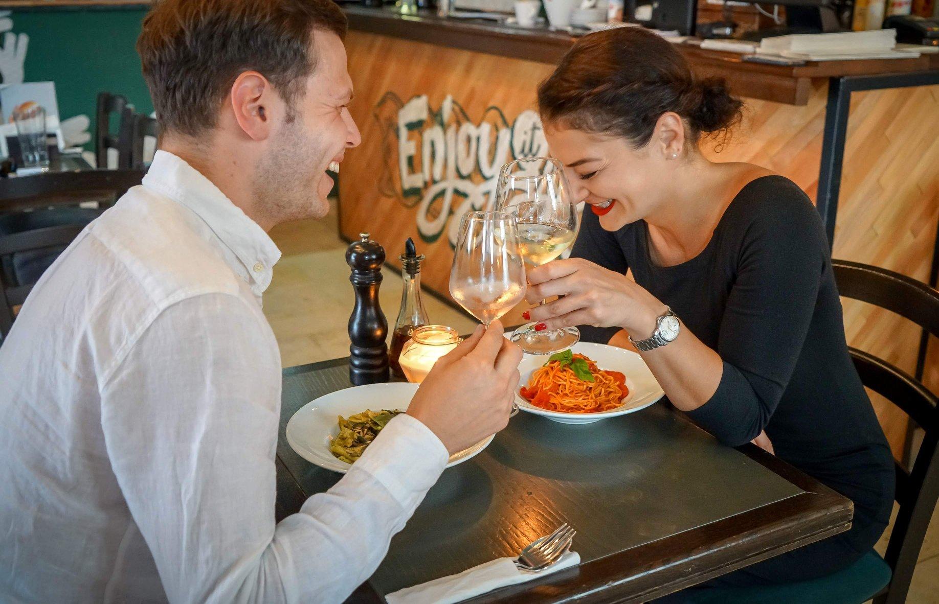 6 pasta lovers din #Cluj ne spun de ce le place la Tortelli Pasta Bar