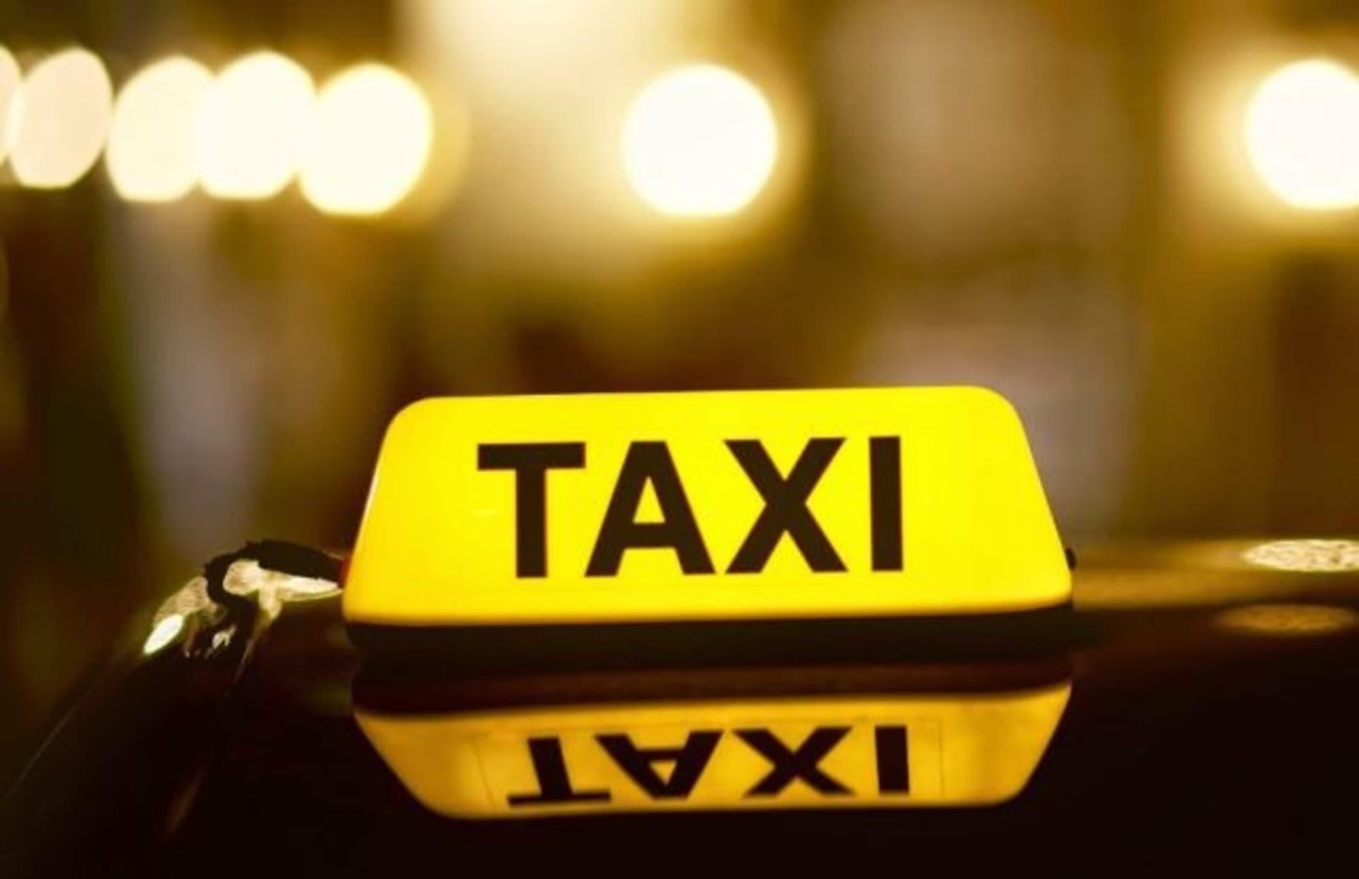 Studiu IRES: 100% dintre clujeni consideră utile aplicațiile mobile de taxi
