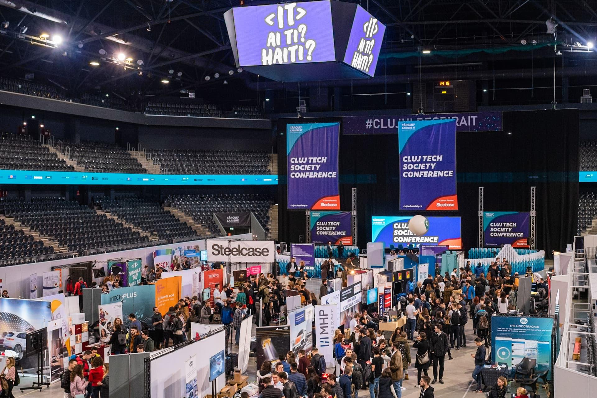 Mii de persoane interesate de domeniul IT au fost prezente la Târgul de Cariere IT