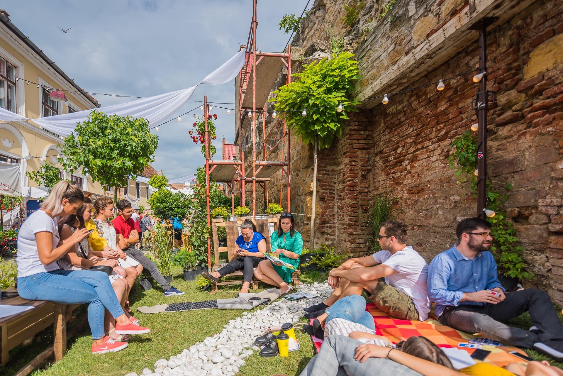 Descoperă Strada Potaissa – Piața de flori altfel, un proiect inspirat de seria de evenimente street delivery