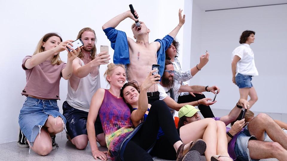 Selfie concert / Ivo Dimchev | FDP10