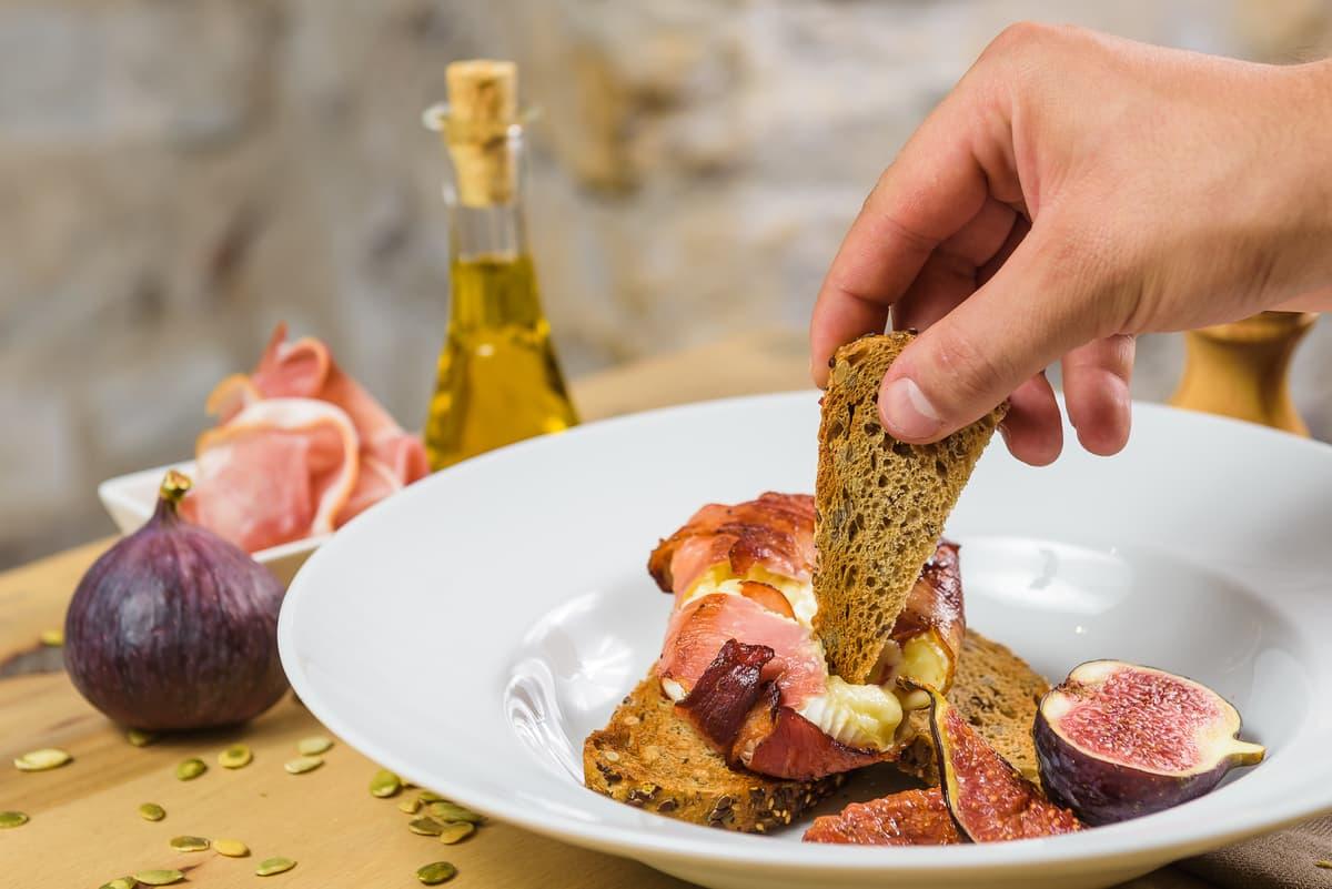 Bucătăria lui Csabi, episodul 2: de la gătit acasă la a face un meniu de restaurant