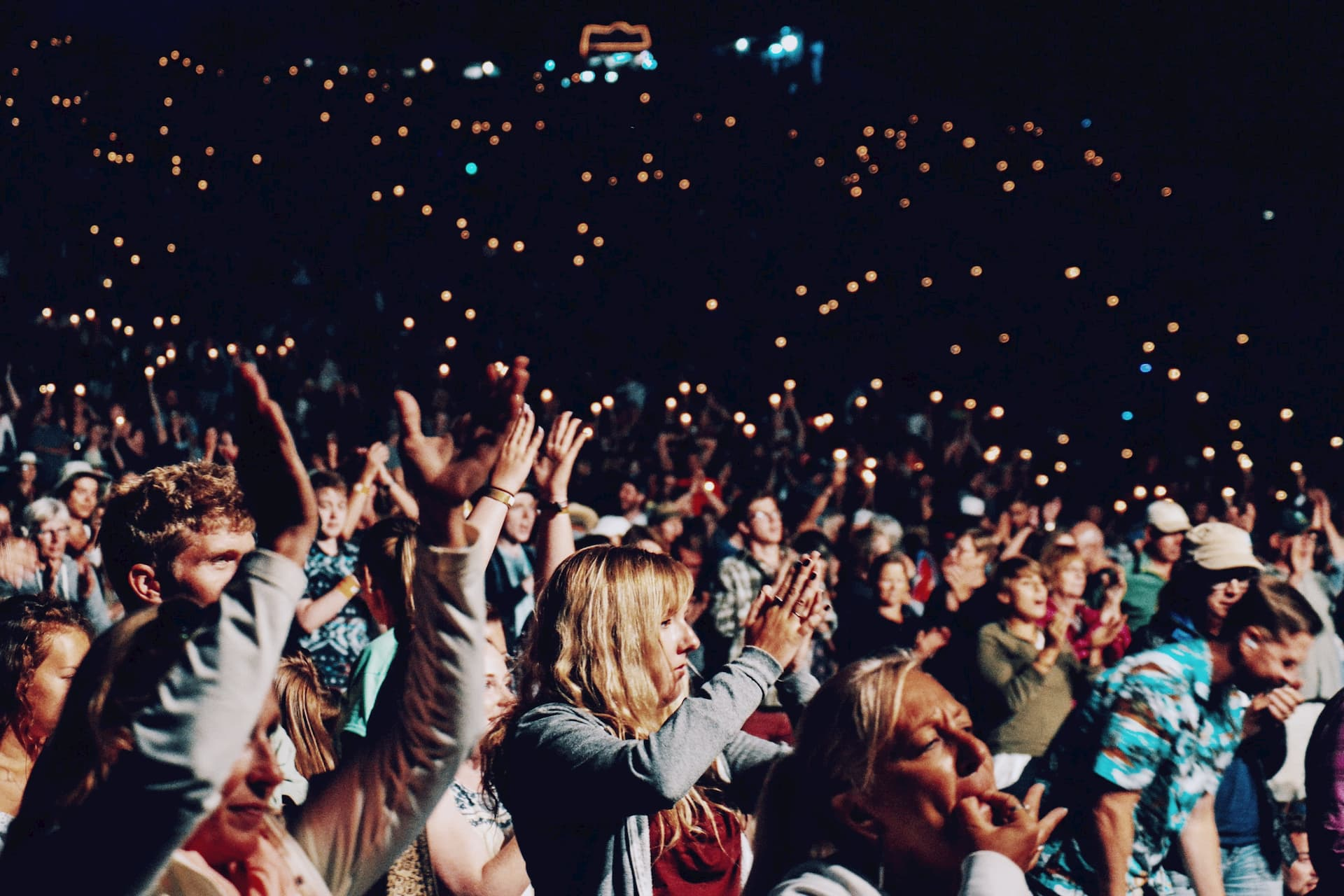 10 evenimente cu intrare liberă la care poți merge până la finalul anului în Cluj