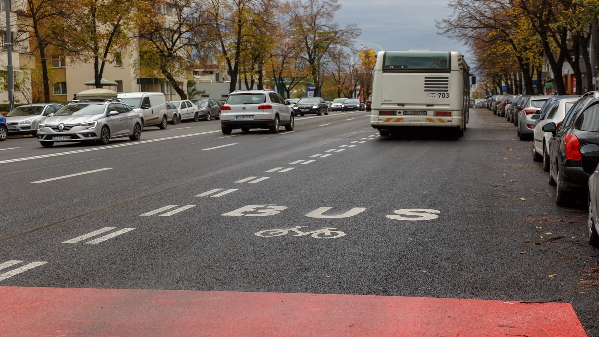 Bandă dedicată transportului în comun pe Calea Florești