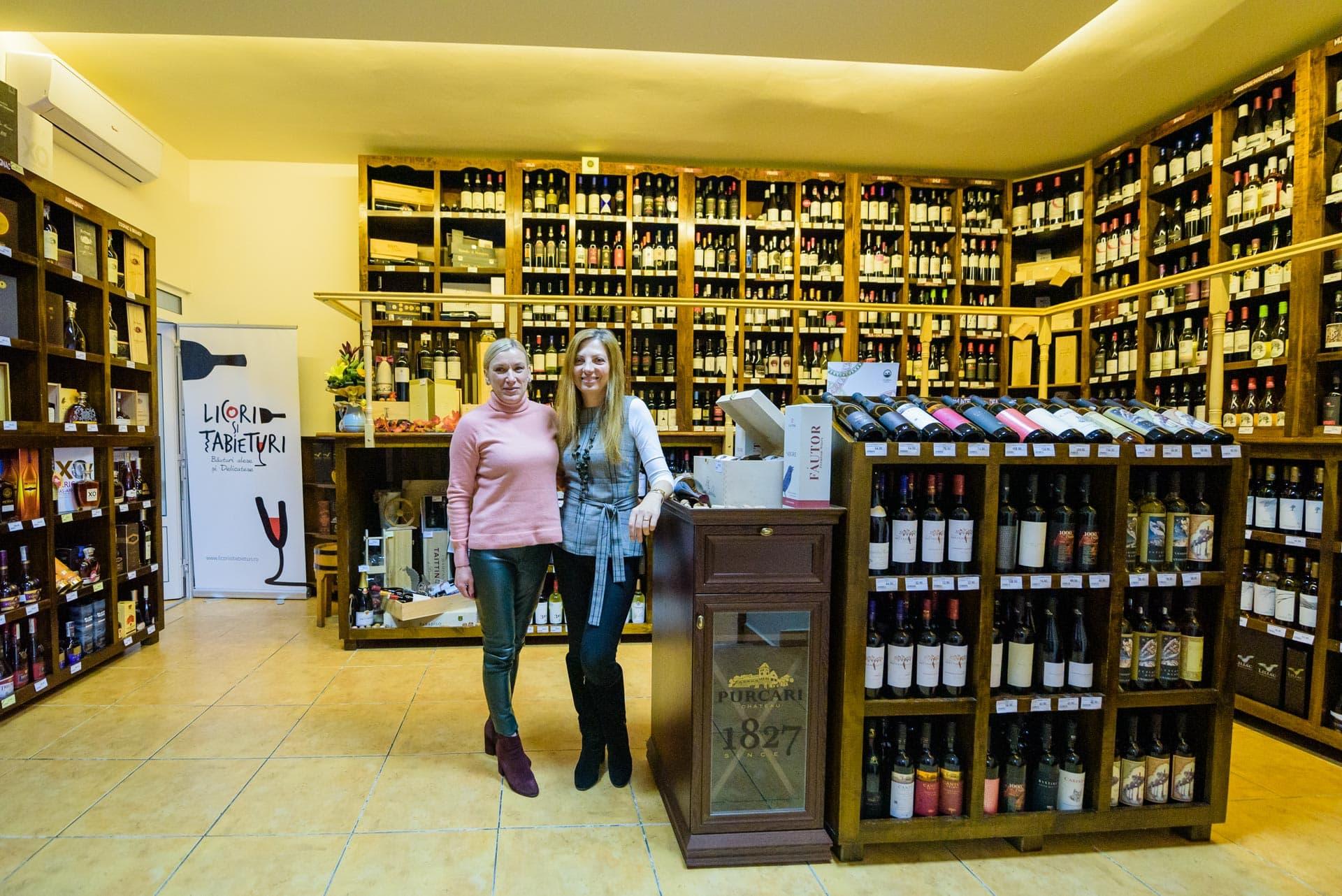 Interviu cu Felicia și Alina, co-fondatoare a magazinului Licori și Tabieturi