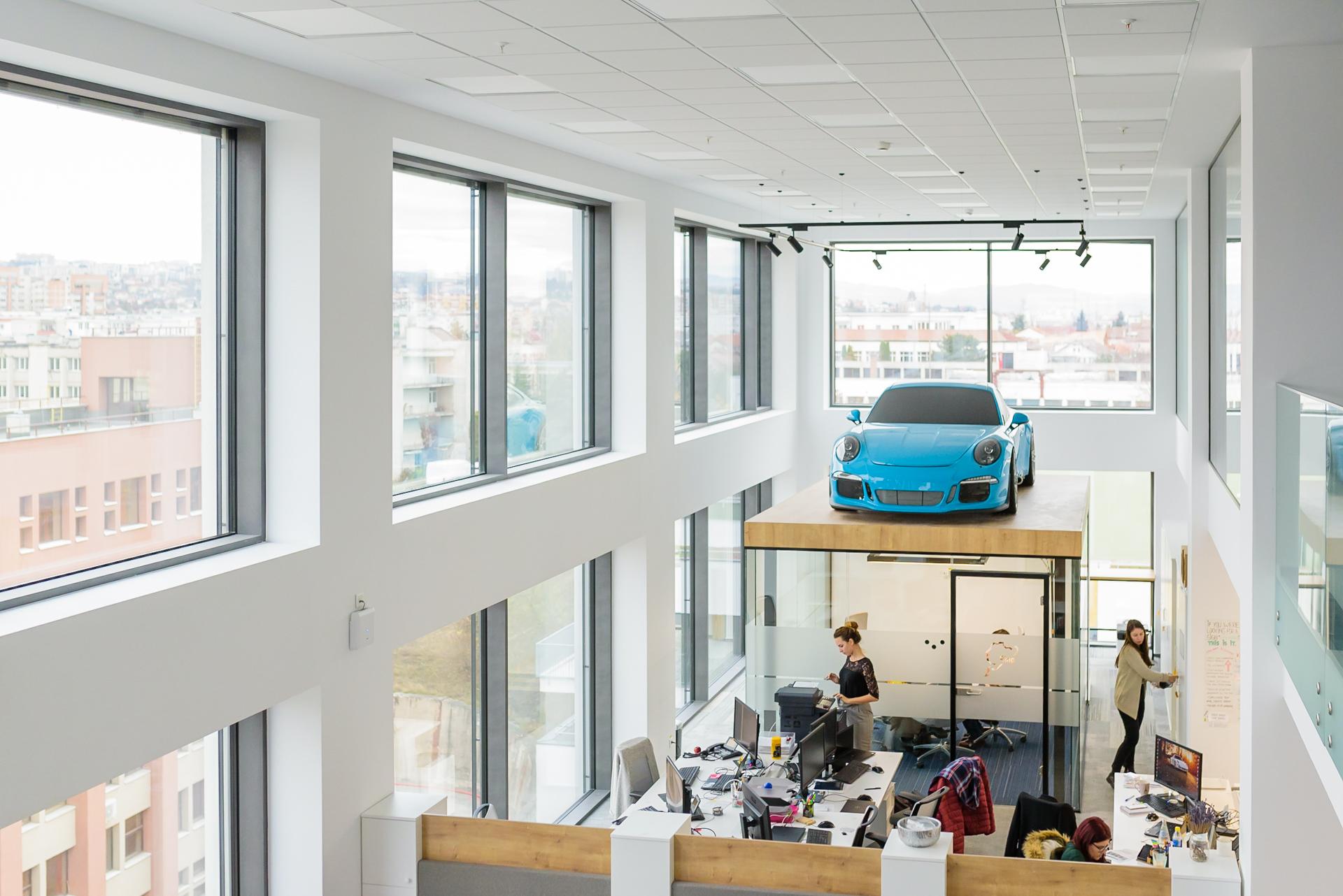 #ClujLife Office Takeover la Porsche Engineering România