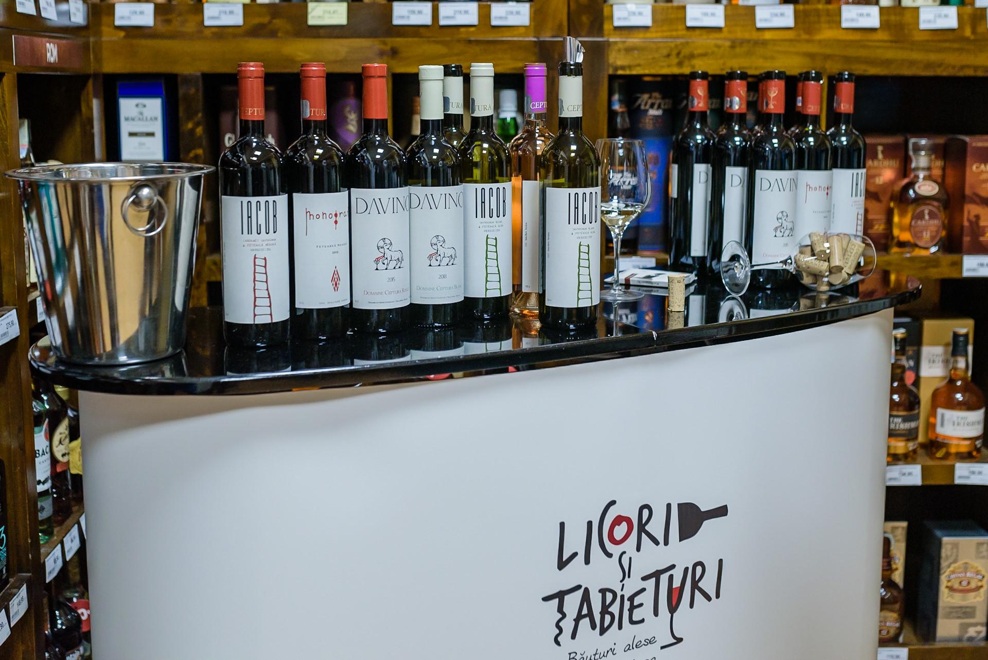 Cum a fost la… degustare de vin la Licori și Tabieturi