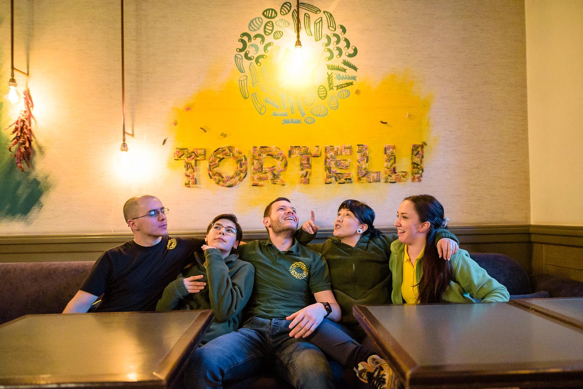 Interviu cu echipa de ospătari de la Tortelli Pasta Bar