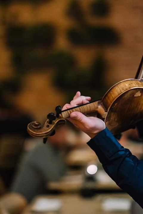 Dragobete şi vioară @ Samsara Foodhouse