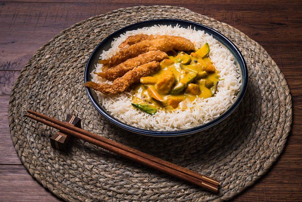 curry cu creveti katsu
