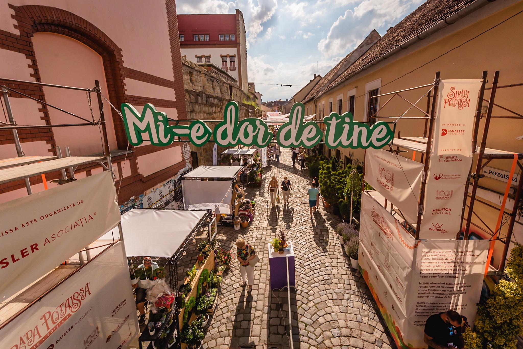 Cum este la… Strada Potaissa – Piața de flori altfel
