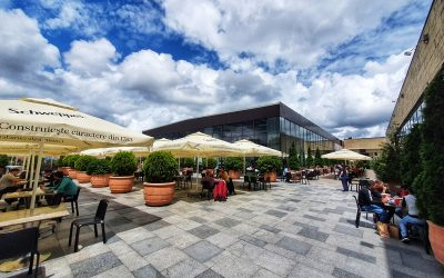 Experiențele din foodcourt se mută pe terasa în aer liber, la Iulius Mall Cluj