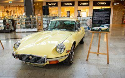 Călătorie în timp pe patru roți. Mașinile americane și britanice care au scris istorie, expuse la Iulius Mall Cluj